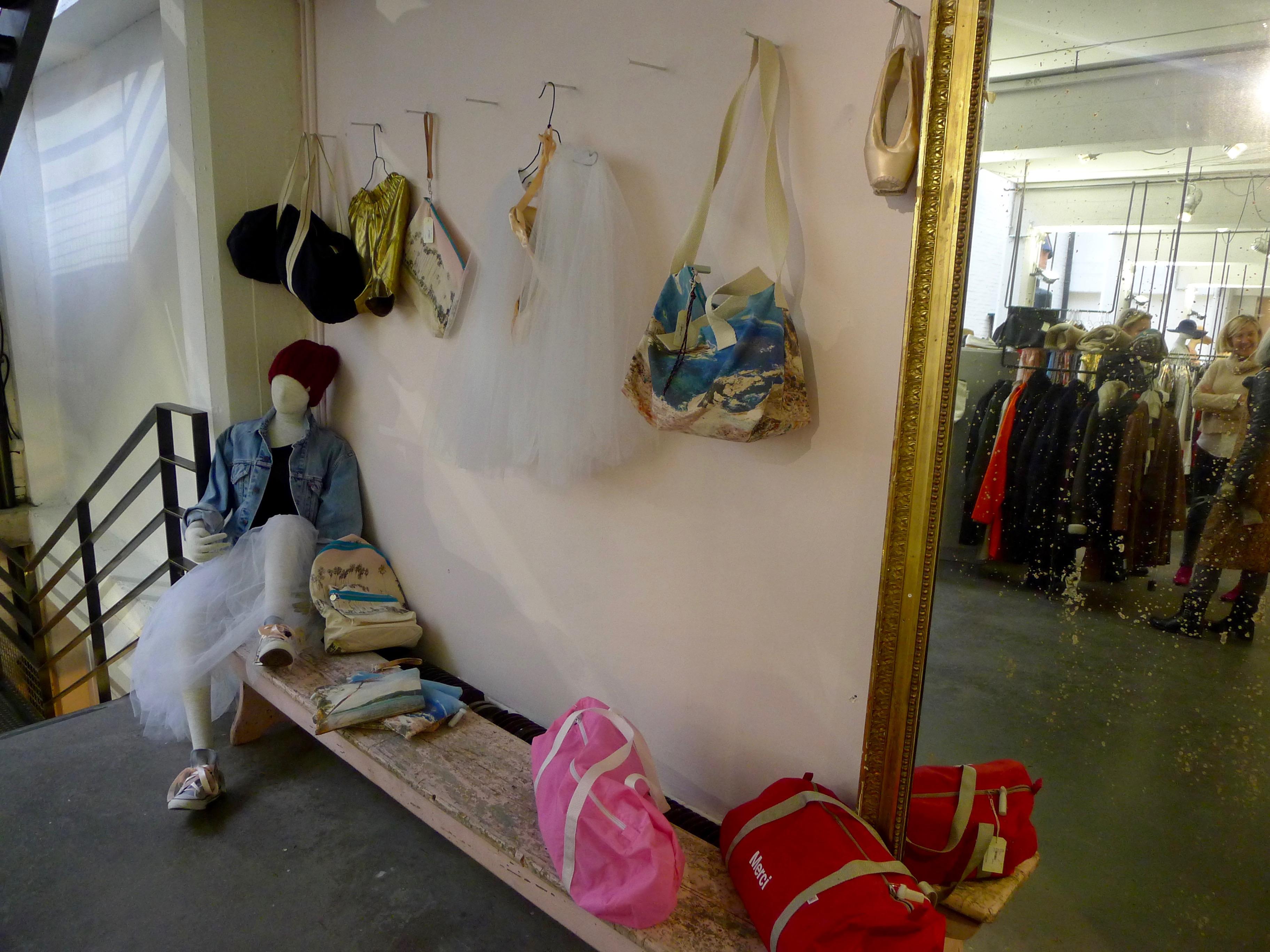 lifestyle – concept store « merci » À paris | les bavardages de marion
